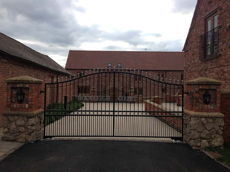 Holmleigh Court Iron Driveway Gate